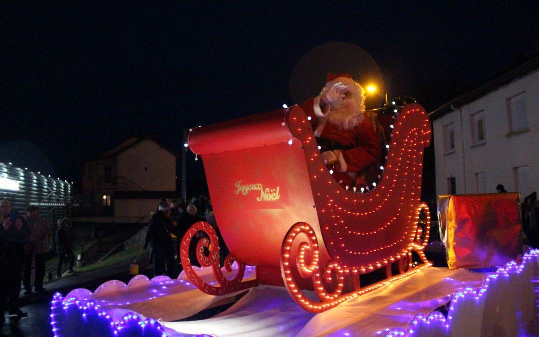 «Féérie de Noël à Fourchambault», proposée par l'association Syl'Dance, les associations locales et les commerçants