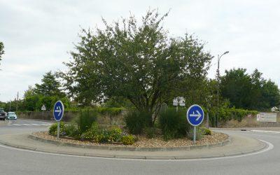Démarrage des travaux d'agrandissement du rond-point, situé à l'intersection de la rue du Pont (RD 40) et du quai de Loire (RD 174)